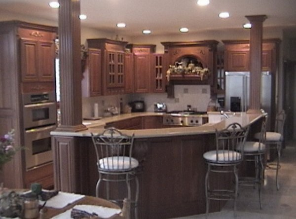 Michigan premier kitchen showroom nuway kitchen and bath for Kitchen and bathroom